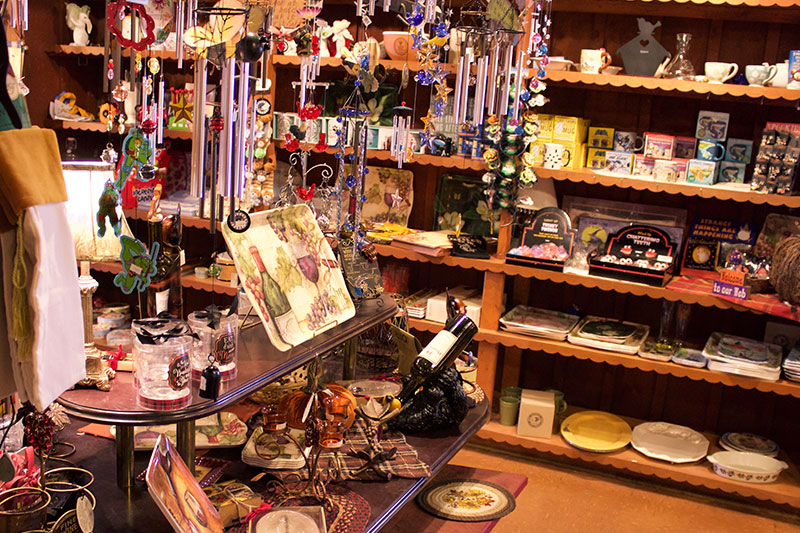 Gift Shop in Grand Island, NY   Kellys Country Store